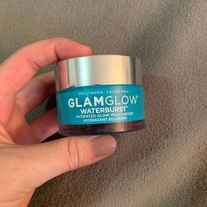 GLAMGLOW waterburst moisturizer